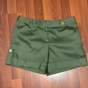 NWT Green Boston Proper Shorts Size 8